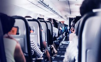 How to Boost Airline Customer Acquisition With 1-to-1 Marketing
